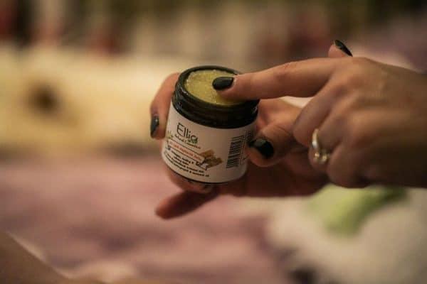 Natural healing balm - SOS Balm 2 - Ellia Natural Cosmetics - Cyprus Europe
